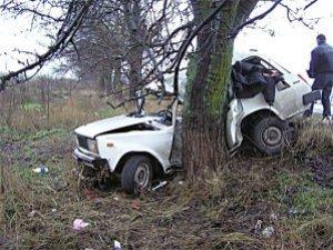 Фото: У Карлівському районі сп'янілий хлопець викрав авто, на якому потрапив у ДТП