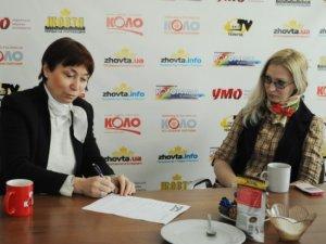 Фото: Письменниця Людмила Таран про Майдан, Крим та жіночу тілесність
