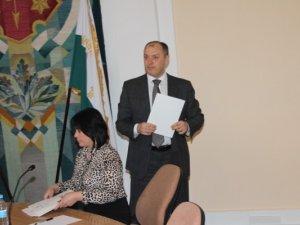 Фото: Фоторепортаж. 13 березня сесію Полтавської  міськради  знову перенесли через неявку депутатів
