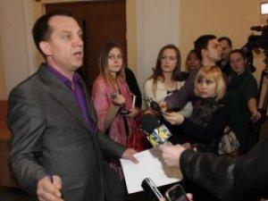 Фото: Мамая змушують піти у відставку через неспроможність зібрати депутатів на сесію Полтавської міськради
