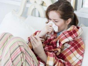 Фото: Парові ванни та цибуля з медом порятують від застуди