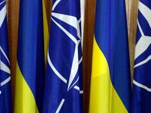 Фото: Україна офіційно попросила у НАТО озброєння