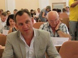 Фото: Олександр Артеменко відмовляється від посади секретаря Полтавської міськради через мера