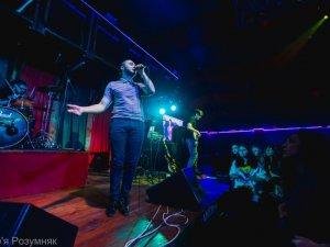 Фото: На концерті у Полтаві соліст гурту «Антитіла» передав Путіну: «Смотри в меня в упор!»