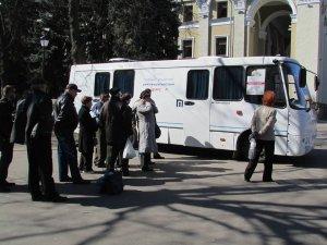 Фото: Три дні полтавців безкоштовно обстежували на туберкульоз