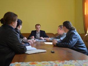 Фото: У Полтаві провели нараду, на якій вирішували питання ремонту театру Гоголя