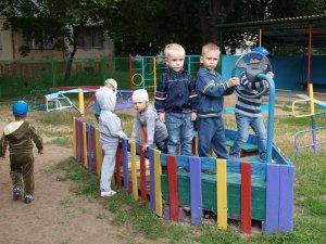 Міська влада закликала полтавців разом подбати про дитячі майданчики