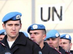 Фото: Турчинов просить миротворців ООН допомогти боротися з терористами в Україні