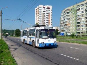Фото: У Полтаві до 2017 планують провести тролейбусну лінію на Сади-2 та  Огнівку, а на Яківці не провели досі