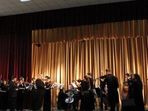 Фото: На благодійному концерті у педагогічному університеті назбирали майже 4500 гривень для театру