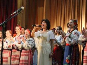 На благодійному концерті у педагогічному університеті назбирали майже 4500 гривень для театру