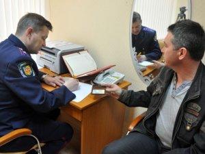 Фото: До новостворених підрозділів міліції у Полтаві записалися 40 добровольців