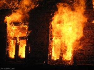 Фото: Пожежа в Полтаві: у власній квартирі загинула жінка,  її співмешканець обпік руку