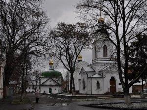 Фото: У Спаській церкві виявили людину, яка розповсюджувала сепаратистські листівки