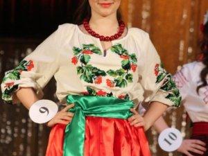 Фото: Обрали «Міс ПолтНТУ – 2014»: фоторепортаж