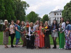 Фото: У Полтаві дівчата влаштували свято жіночності