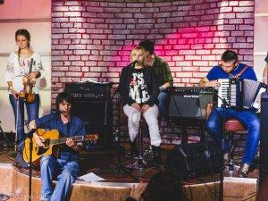 Фото: Полтавські музиканти збирали гроші на лікування колеги Інни Ковтун