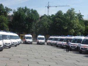 Фото: Полтавські медики отримали 44 «швидких»
