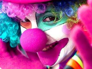 Фото: Маска клоуна переполохала полтавських пожежників