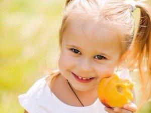 Фото: Допомоги потребує 5-річна Вікуся Волошко