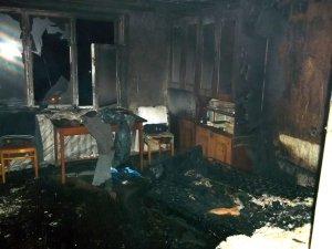 Фото: Пожежа на Полтавщині: 15 осіб евакуювали, 1 людина загинула