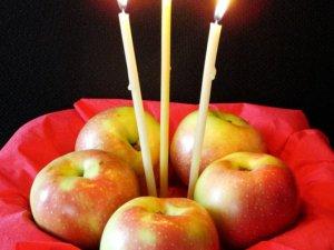 Фото: 19 серпня - Яблучний спас: історія свята та прикмети