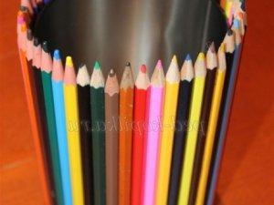 Фото: Готуємось до школи. Вироби  з олівців