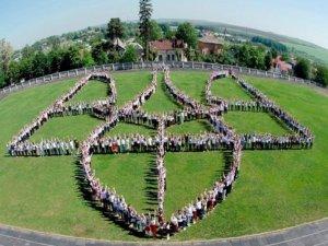 """Фото: У Полтаві в День Незалежності планують сформувати """"живий тризуб"""""""