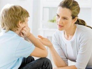 Фото: Як, не питаючи, дізнатися у дитини про справи в школі