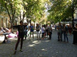 Фото: У центрі Полтави відкрилась Інтелектуальна барахолка (фото)