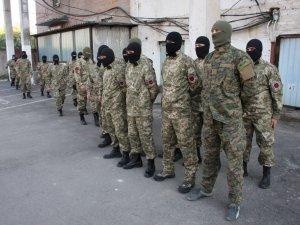 """Фото: У Полтаві бійці батальйону """"Азов"""" провели тренування. Фото"""