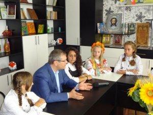 Фото: Для забезпечення єдності країни потрібні знання історії та вміння робити правильні висновки, - Вілкул