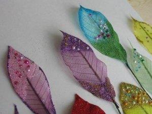 Фото: Створюємо казковий декор із осіннього листя