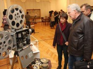 Фото: У Полтаві відкрили виставку про співпрацю двох геніїв – живопису та кінематографу