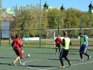 Фото: Полтавські студенти змагались з міні-футболу