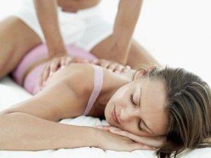 Фото: Подаруйте коханій людині насолоду еротичного масажу