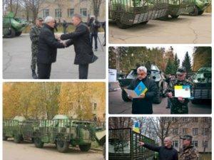 Фото: Влада вручила чотири БРДМ-2 Полтавському батальйону тероборони