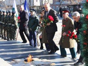 Фото: У Полтаві відбулися урочистості з нагоди 70-ї річниці визволення України від нацистів