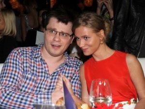 Фото: Харламов замінив Асмус в «Інтернах»
