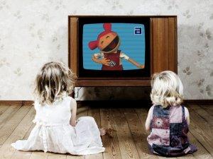 Фото: Як впливає телевізор на дітей