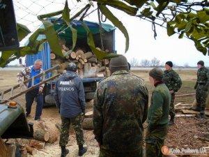 Фото: Війна триває: військові, волонтери, громадяни…