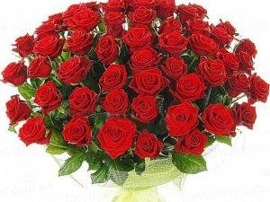 Фото: Полтавець викрав букет троянд на 1000 гривень