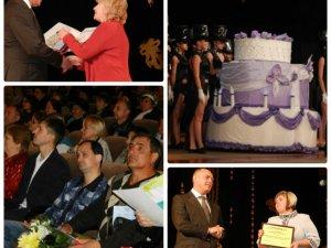 У Полтаві працівникам культури вручили квартири та грошові нагороди (фото)