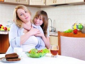 Фото: Чим зайняти дитину, доки готуєш обід: 5 розвиваючих ігор