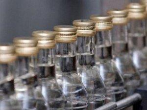 Фото: У Полтаві викрили злочинну групу, яка продавала незаконний алкоголь