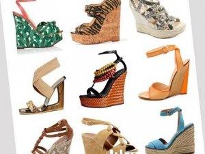 Фото: Правильно зберігаємо літнє взуття взимку