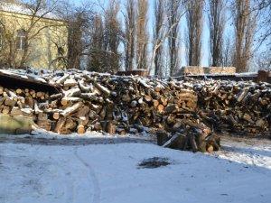 Фото: Дров'яні котли замість газових – українці згадали, як опалювати дровами