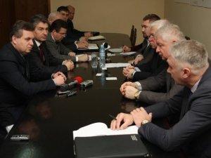 Фото: Литовські чиновники відвідали Полтаву – допомагатимуть постраждалим в АТО