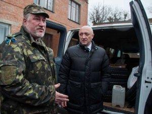 Фото: Голова Полтавської ОДА допоміг закупити запчастини для санітарної роти