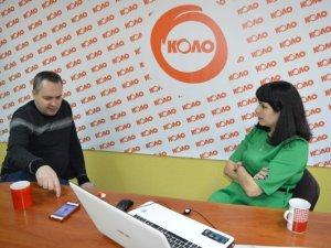 Фото: Кава з головним редактором. Гість - депутат Юрій Ісаєв